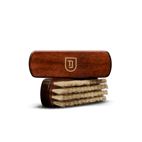 Deturner Leather brush 1